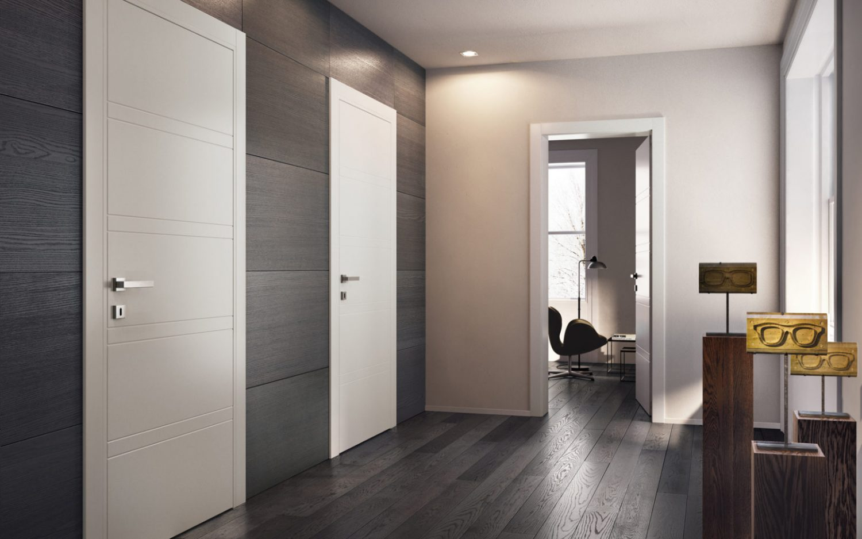 Porte laccate bianche miraquadra con pavimento parquet - Garofoli