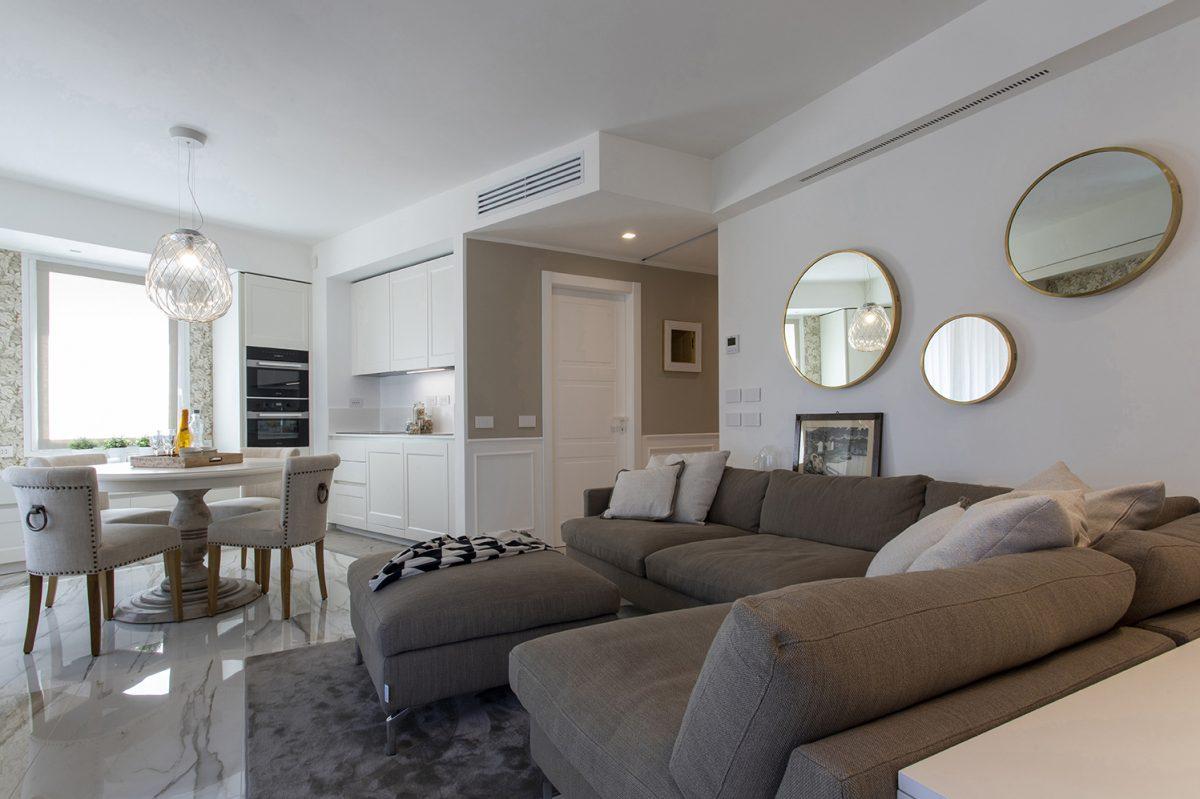 Progetto residenziale con porte a battente Miraquadra - Garofoli